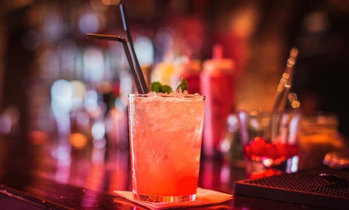 Bars auf Kreuzfahrtschiff