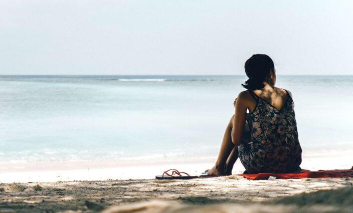 Strandurlaub junge Frau