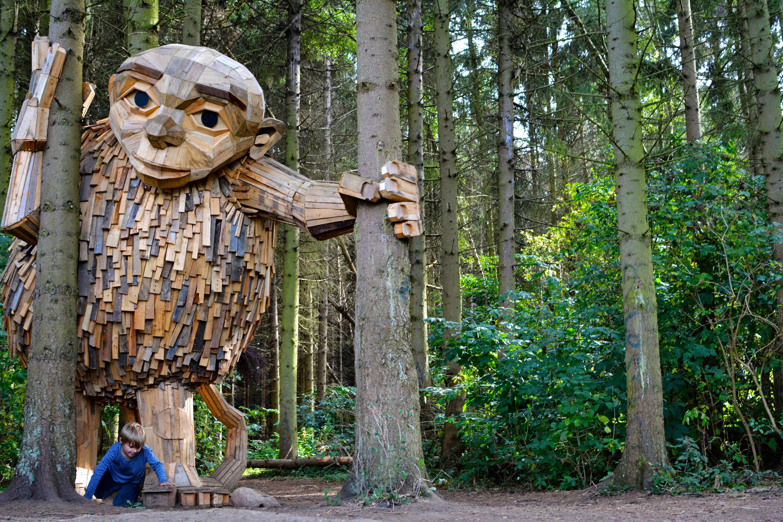 ERV Blog orgotten Giants Holzskulptur Lille Tilde