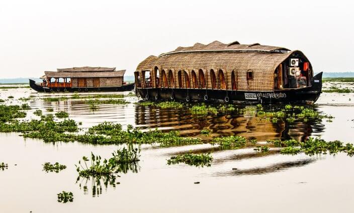 Hobbit Hausboot Urlaub in Indien