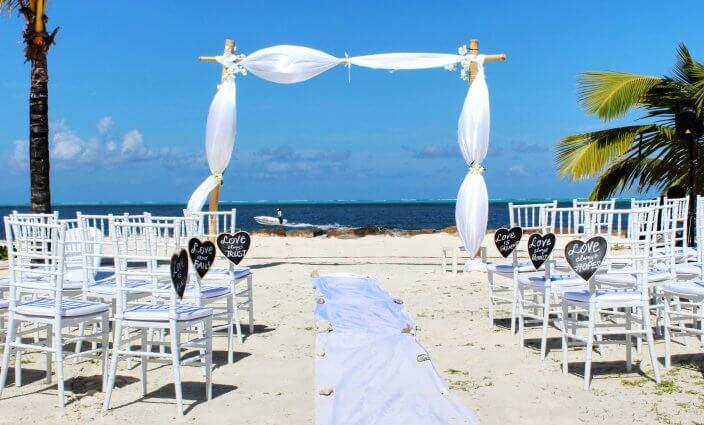 Heiraten im Ausland unter Palmen