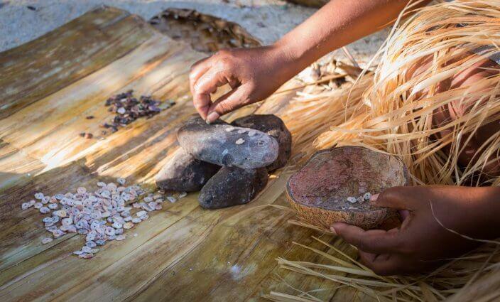 ungewöhnliche Zahlungsmittel weltweit Muschelgeld Salomonen