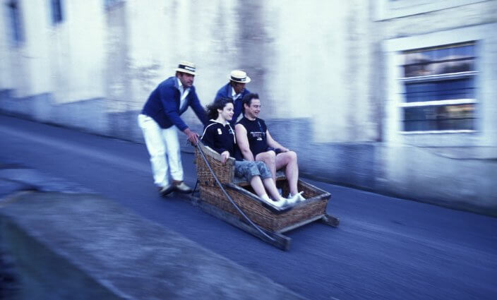 kuriose Verkehrsmittel: Schlitten auf Madeira