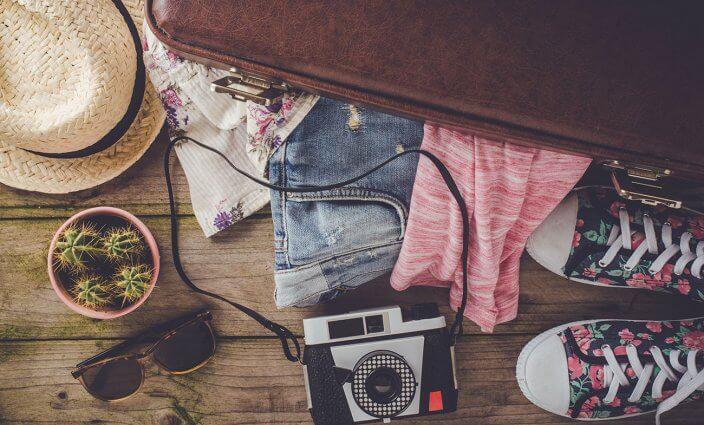 Koffer packen mit Reisecheckliste