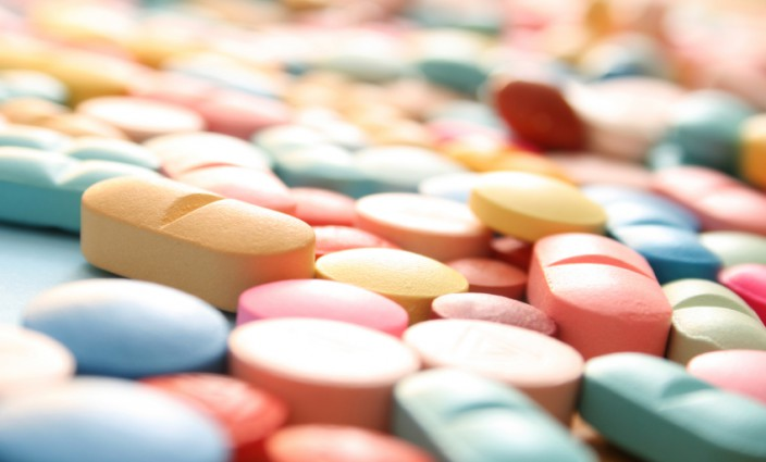 mit Medikamenten auf Reisen